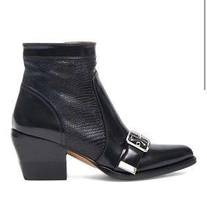 CHLOE ANKLE BOOTS IN MIXED MEDIA BLACK LEATHER